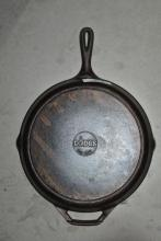 CAST IRON SKILLET BY LODGE MADE IN USA 10 SK
