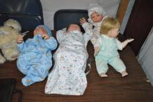 LOT OF 4 BABY DOLLS