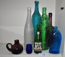 LOT OF COLLECTIBLE ANTIQUE BOTTLES