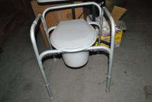 PORTABLE TOILET AND STAND