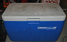BLUE COLEMAN CAMPING ICE CHEST