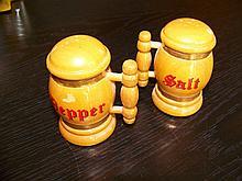 BEER STEINS SALT & PEPPER SHAKERS