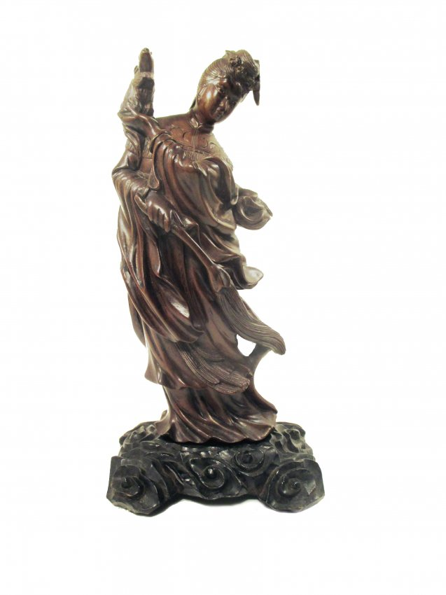 Boxwood carving of beauty