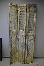 Painted Wood Screen 77