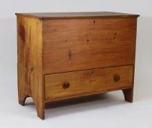 New England Pine 6 Board Blanket Chest with Draw