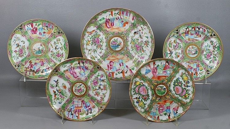 Chinese Export Rose Medallion Porcelain Lot, 5 assorted plates and shallow bowls, largest 8-3/4