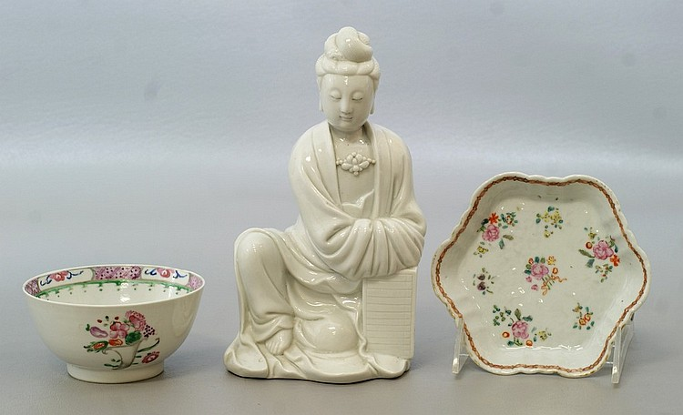 3 pcs Chinese Export Porcelain, including a Famille Rose Teapot stand, floral decorated small bowl, together with a Blanc DeShine Gu...