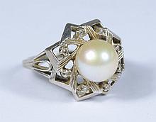 10K WG pearl & diamond ring, 8 mm pearl, size 6, 2.8 dwt