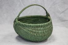 Buttocks basket, green paint, 12