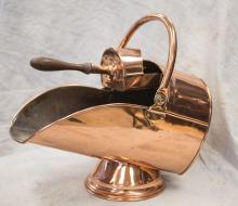 English copper coal scuttle and shovel, about 21