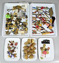 Lot of unsorted buttons, badges, stripes, patches, etc