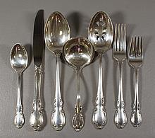 43 pcs of Towle Legato Sterling Flatware to include 8 dinner knives, 8 dinner forks, 8 dessert forks, 16 teaspoons, 1 pierced servin...