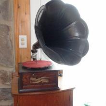 19th c Columbia Disc Graphophone