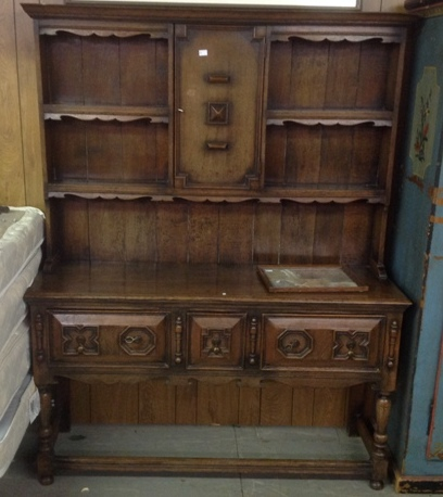 Early 1800's 2 piece Dutch Cupboard in excellent condition with original finish