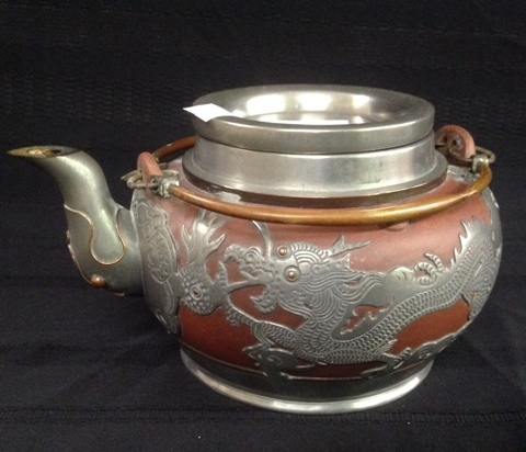 Highly decorated Oriental Tea Pot with lid