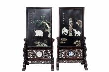 A PAIR OF JADE GEMS INLAID LACQUER WOOD SCREENS