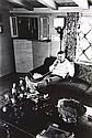 CLAXTON W. - Steve McQueen dans sa maison de Los Angeles