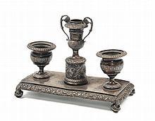 Piccolo calamaio a tre elementi in argento, Milano, Francesco Liverti (1812-1872)