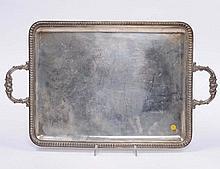 Vassoietto a due manici rettangolare in argento, fine XIX secolo