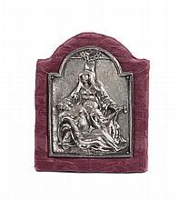 Antica placca in argento sbalzato raffigurante