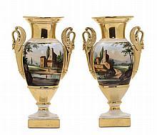 Coppia di vasi Impero in porcellana, XIX secolo