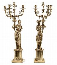 Coppia di grandi candelabri a quattro fiamme in bronzo dorato, XIX secolo