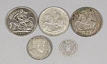 A selection of early bronze coins, three Crowns - 1935 (two) and 1951, an E