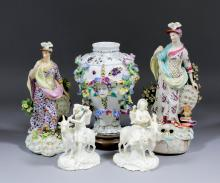 An 18th Century Derby porcelain figure of