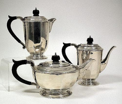 An Elizabeth II silver five piece tea and coffee