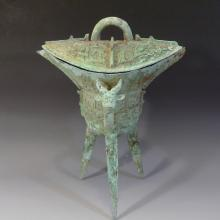 CHINESE ARCHAISTIC BRONZE JUE SHANG STYLE