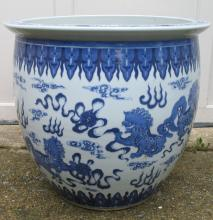 Chinese Blue and White Porcelain Jardiniere, 19th