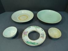 5 ANTIQUE CHINESE FAMILLE ROSE PORCELAIN OBJECTS 18/19 CENTURY
