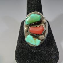 NAVAJO STERLING SILVER NATURAL RED CORAL & TURQUOISE RING