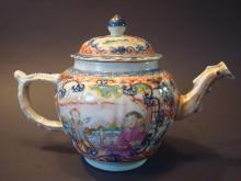 Antique Chinese Famille Rose Large Teapot, 18th C, Qianlong Period. 6 1/2