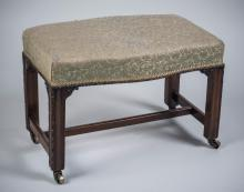 Georgian Style Upholstered Bench