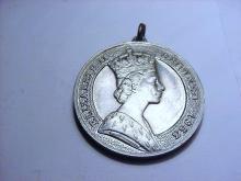 1953 QUEEN ELIZABETH CORONATION MEDAL