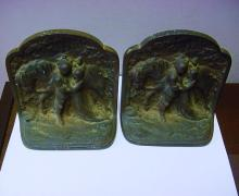 HUBLEY 313 CAST IRON BOOKENDS