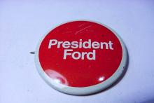 PRESIDENT FORD CAMPAIGN BUTTON