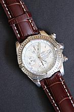 Une montre Breitling, modèle