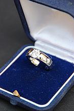 Bague en or blanc 18K et diamant taille ancienne 1,14 CTS.