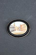 Médaillon en micro mosaïque représentant la Place Saint Marc à Venise