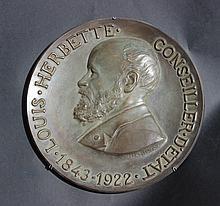 Plat médaillon en bronze orné d'un profil de Louis Herbette - Conseiller d'Etat 1843 - 1922