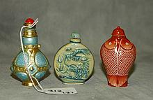 3 Chinese snuff bottles. H:3.25