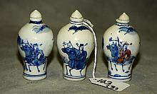 3 Chinese blue and white porcelain snuff bottles all
