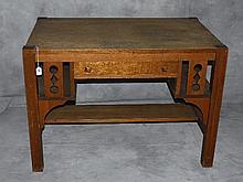 Arts and craft oak desk. H:30