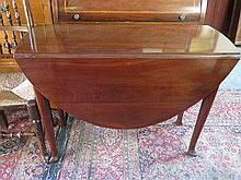 MAHOGANY DROP LEAF DINING TABLE ON CABRIOLE SUPPOR