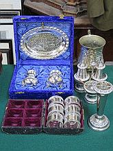 SMALL PARCEL OF VARIOUS SILVER PLATED WARE INCLUDI