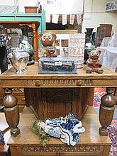 SUNDRY LOT INCLUDING SILVER PLATED TEAPOT, STUDIO