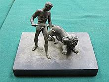 BRONZE FIGURE GROUP DEPICTING GREEK STYLE FIGURE A