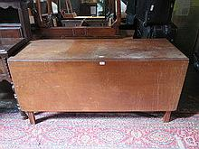 LARGE ANTIQUE MAHOGANY GATELEG TABLE